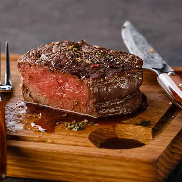 How to Cook the Perfect Steak In Your Kitchen